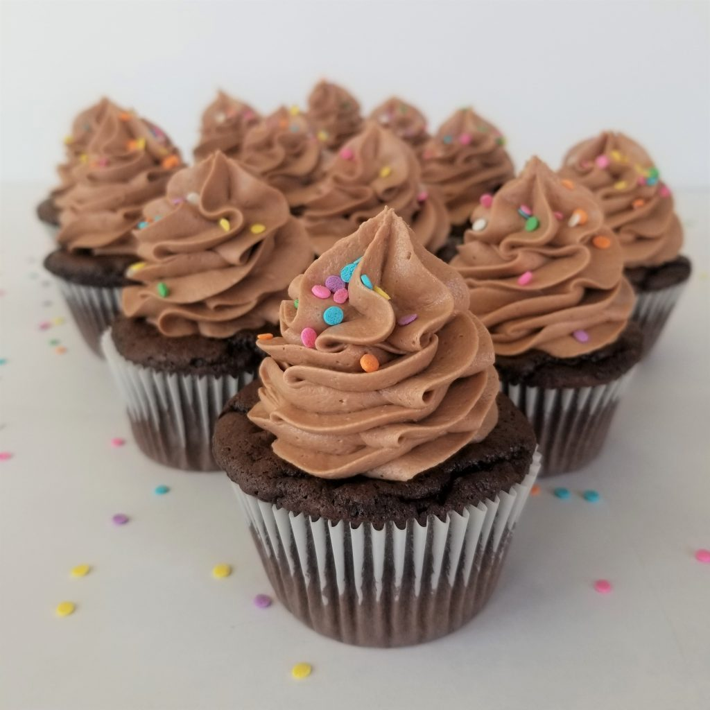 Cupcakes Decorated with Easy Nutella Frosting
