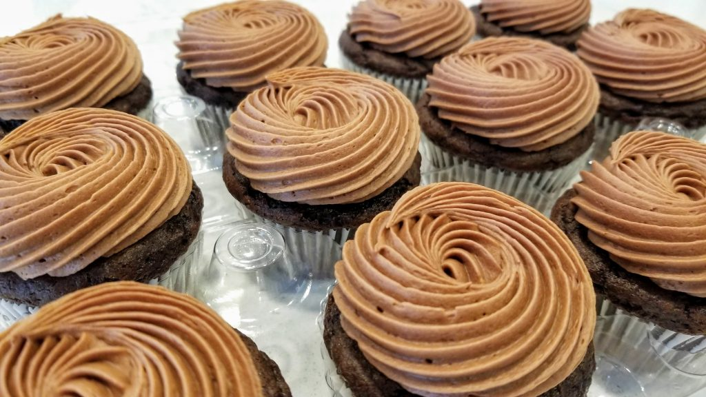 Cupcakes Decorated with Perfectly Perfect Chocolate Buttercream