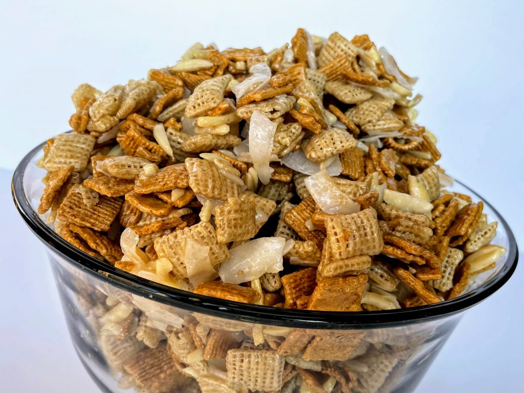 Razzle Dazzle Chex Mix in a glass bowl